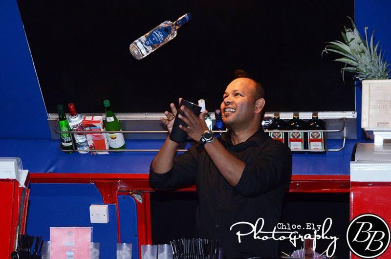 Bottle Spinning Barman - Liquid Spirit Events